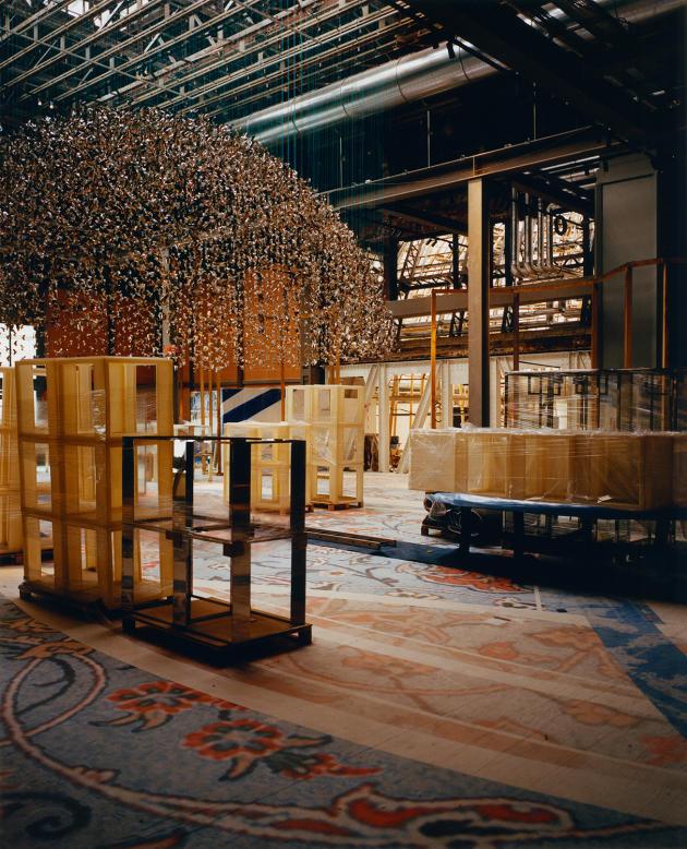 Le 30 août 2021, dans le Pont d'Argent, au Printemps Haussmann, à Paris, du mobilier de présentation pour exposer les produits en vente.