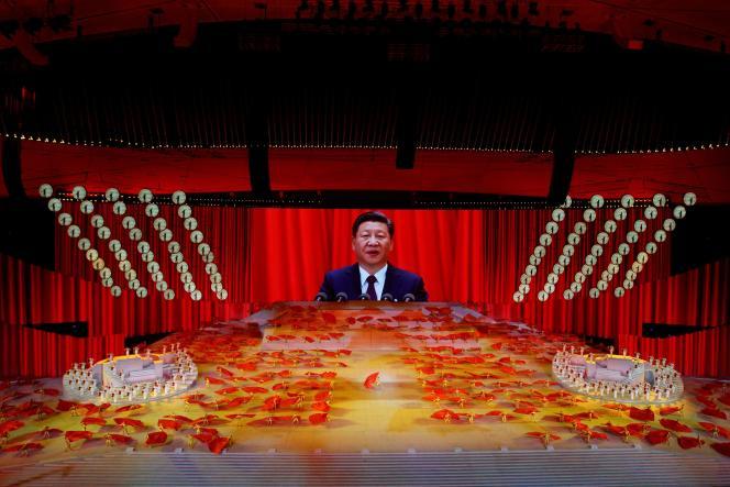 El presidente chino, Xi Jinping, durante una actuación que conmemora el centenario de la fundación del Partido Comunista en Beijing el 28 de junio de 2021.