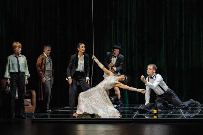 «Comme tu me veux», de Luigi Pirandello, mise en scène de Stéphane Braunschweig au Théâtre de l'Odéon, le 31 août 2021, à Paris.