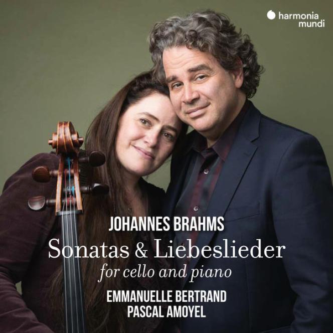 Pochette de l'album consacré aux Sonates pour violoncelle et piano et aux Liebeslieder de Brahms par Emmanuelle Bertrand et Pascal Amoyel.