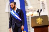 Le président du Salvador Nayib Bukele livre un discours du palais présidentiel à San Salvador, le 15 septembre 2021.