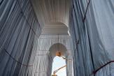 Les dessous de l'empaquetage de l'Arc de triomphe, dernier projet emballant de Christo