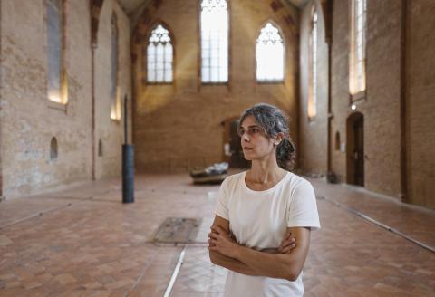 Katinka Bock est une artiste allemande vivant entre Paris et Berlin. Elle présente ses oeuvres au Couvent des Jacobins en dialogue avec le travail de Toni Grand pour le Printemps de Septembre à Toulouse. 15/09/21