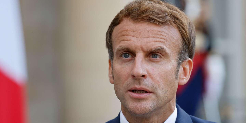 L'afficheur qui avait représenté Emmanuel Macron en Hitler condamné à 10 000 euros d'amende