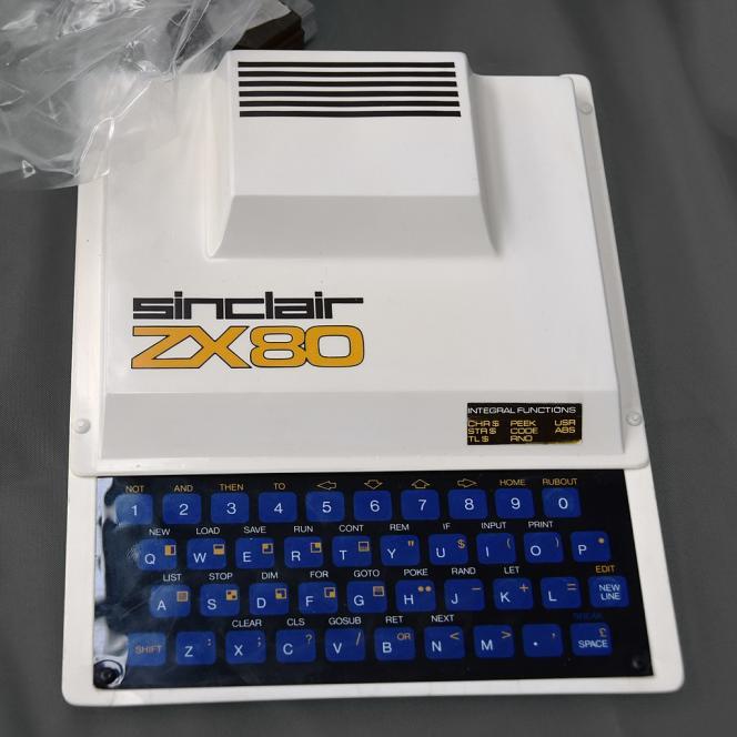 Il Sinclair ZX80, lanciato nel 1980, è stato venduto per meno di £ 100 all'epoca.