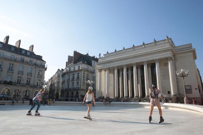Les prix frôlent les 6500euros le mètre carré quand les biens sont de grande qualité et situés dans l'hypercentre de Nantes, entre la place Graslin et le château des Ducs de Bretagne.