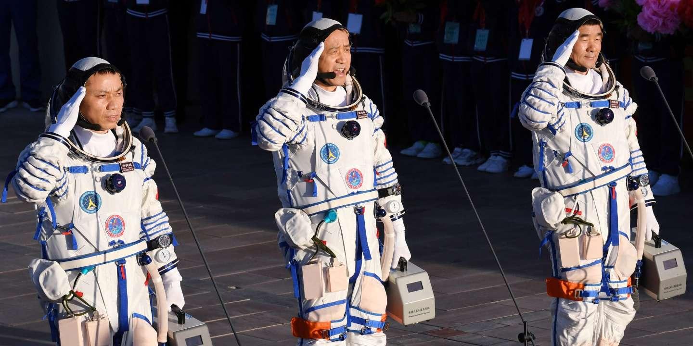 Les premiers taïkonautes de la station spatiale chinoise sont revenus sur Terre