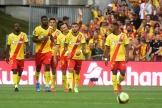 La joie des Lensois après le but décisif du milieu de terrain polonais Przemyslaw Frankowski contre Lille, au stade Bollaert.