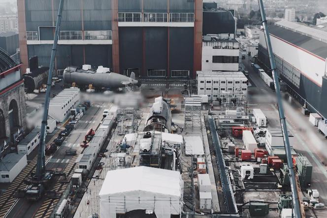 Sur le site de Naval Group à Cherbourg (Manche), le 13 avril 2021.
