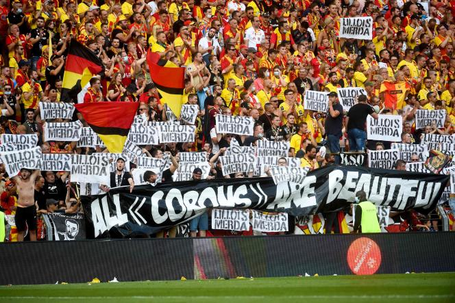 The supporters of Lens during the overflows, Saturday, September 18.