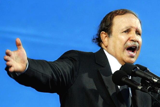 Le président algérien Abdelaziz Bouteflika, le 8 septembre 2005, à Oran, en Algérie.