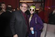 Lucian Grainge, PDG d'Universal Music Group et Billie Eilish, à l'After Party 2020 des Grammy, à Los Angeles (Etats-Unis), le 26 janvier 2020.