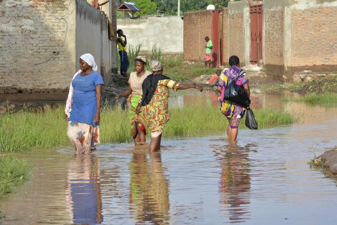 Une rue inondée à Buterere, au Burundi, en mars 2017.