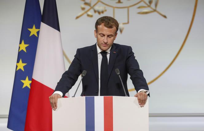 Emmanuel Macron, lors d'une cérémonie d'hommage aux harkis, à l'Elysée, le 20 septembre 2021.