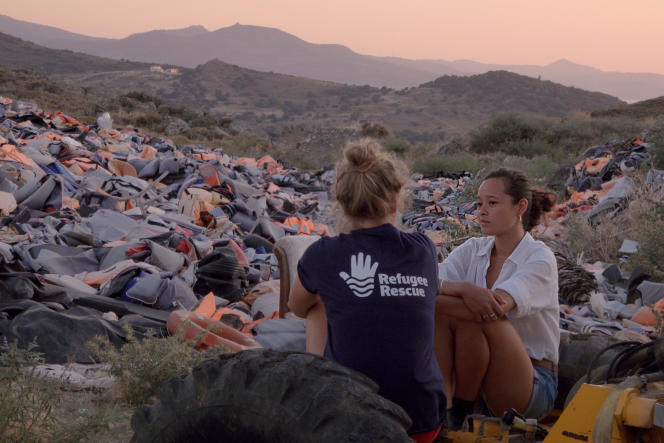 Melati Wijsen lutte avec sa soeur Isabel depuis l'âge de 12 ans contre la pollution plastique avec leur initiative Bye Bye Plastic Bags. Dans «Bigger Than Us», de Flore Vasseur.