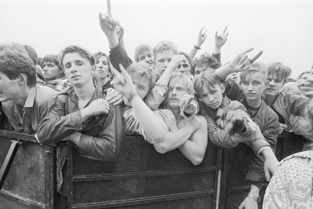Ce 28 septembre 1991, sur l'aérodrome deTouchino, lepublicétait majoritairement composé de jeunes fans de rock.