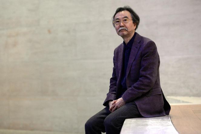 Le dessinateur japonais Jiro Taniguchi au musée du Louvre à Paris, le 26 janvier 2015.
