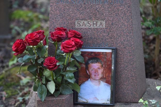 La tombe de l'ancien agent duKGB Alexandre Litvinenko, au cimetière de Highgate, à Londres, le 21 janvier 2016.