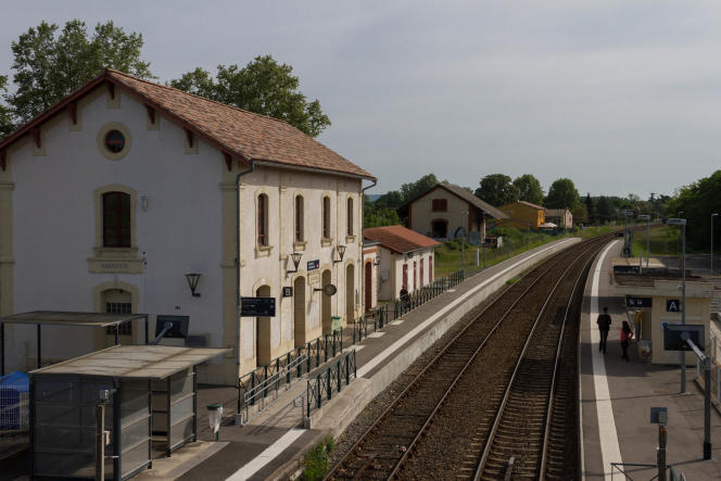 Couffouleux station, in May 2015.