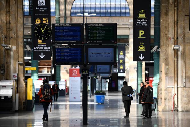 Hall de la gare du Nord, à Paris, le 1er avril 2020.