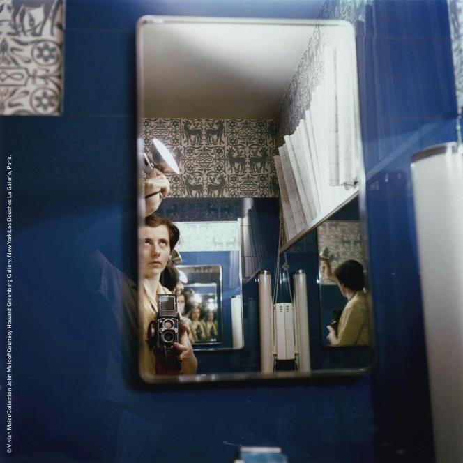 Autoportrait de Vivian Maier.
