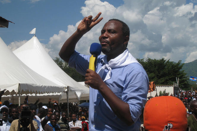 Alexis Sinduhije, ancien journaliste et ex-candidat à la présidentielle du Burundi, aujourd'hui opposant en exil, à Bujumbura en 2010.