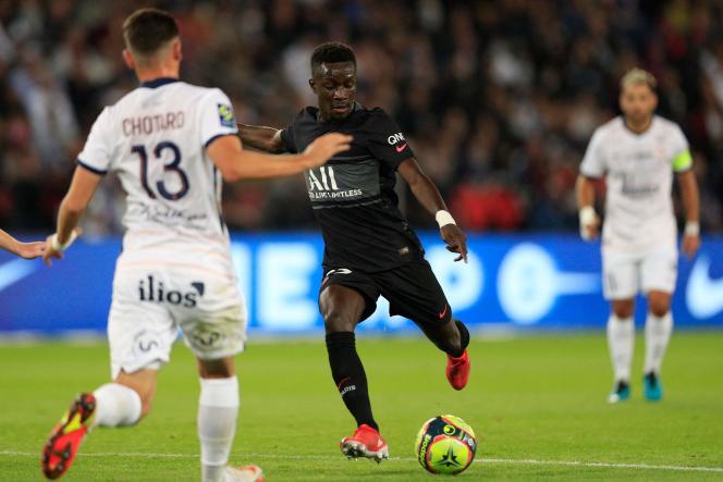 Le Parisien Idrissa Gueye encore buteur, le 25 septembre 2021 contre Montpellier, au Parc des Princes.