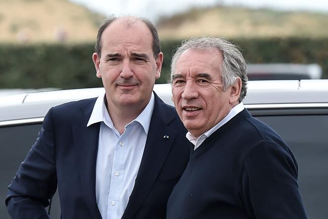 François Bayrou, président du MoDem, avec le premier ministre, Jean Castex, dimanche26septembre 2021 à Guidel (Morbihan).