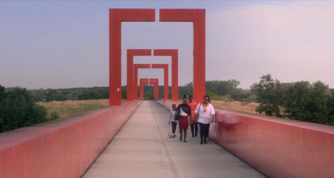 «J'ai aimé vivre là» (2021), documentaire réalisé par Régis Sauder.