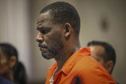 Le 17 septembre 2019, R. Kelly apparaît lors d'une audience au tribunal pénal de Leighton à Chicago.