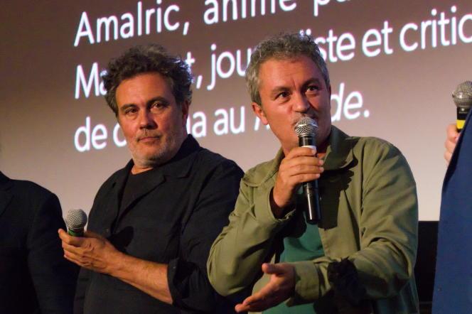 Les réalisateurs Arnaud (à gauche) et Jean-Marie Larrieu, au Festival du Monde, au MK2 Bibliothèque à Paris, le 24 septembre 2021.