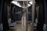 Une rame du métro parisien vide, lors du couvre-feu mis en place pour lutter contre la propagation de la pandémie de Covid-19, enoctobre 2020.