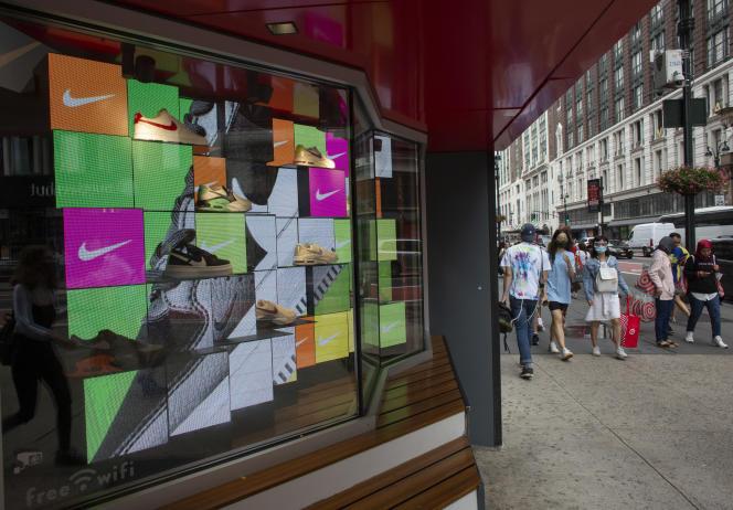 Dans un magasin Nike à New York (Etats-Unis), le 9 août 2021.