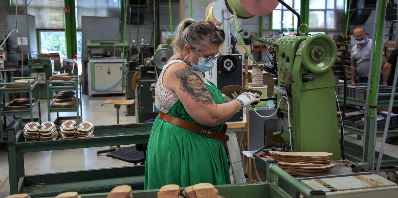 « C'est beau, mais ça paie pas » : à Limoges, l'usine J. M. Weston peine à recruter