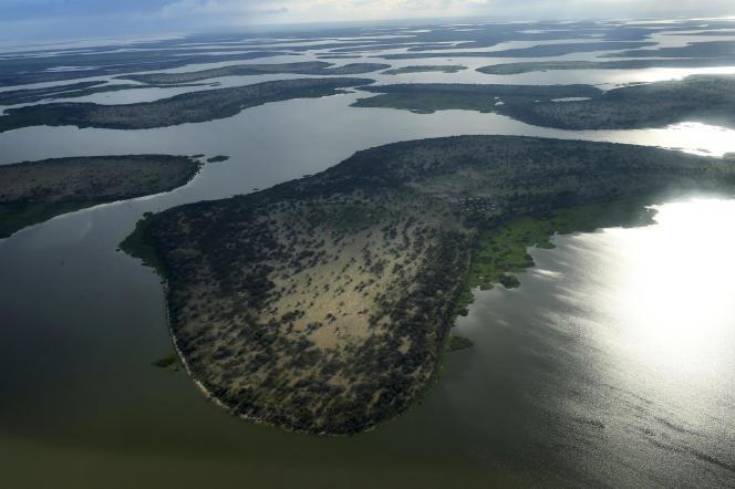 Un villagebastion du groupe Etat islamique en Afrique de l'Ouest,bordant le lac Tchad (ici en 2016), a été bombardé par l'armée nigériane, le 26 septembre 2021.