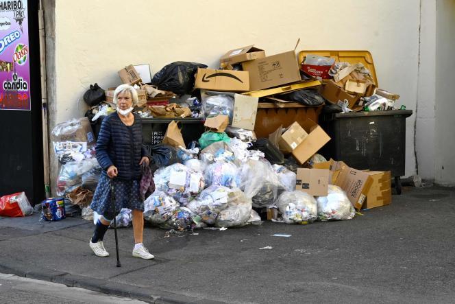 Un monticule d'ordures à Marseille, le 28 septembre 2021.