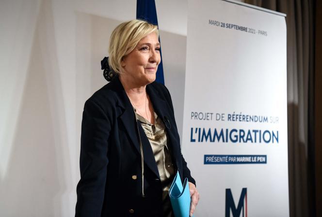 Marine Le Pen, candidate du RN à l'élection présidentielle, à Paris, le 28 septembre 2021.