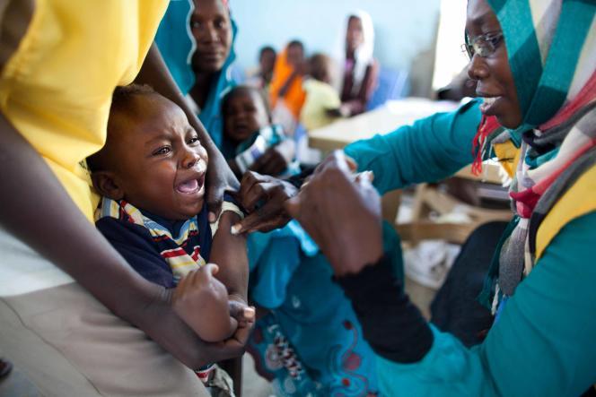Vaccination contre la méningite dans le Darfour oriental, au Soudan, en octobre 2012.