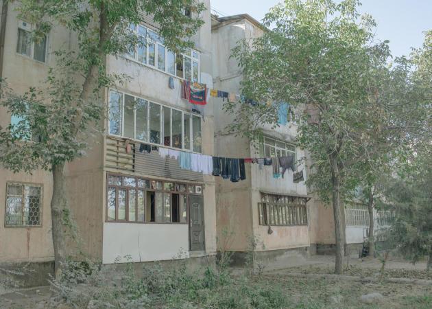 Maison typique de Vahdat, au Tadjikistan, le 26 septembre 2021.