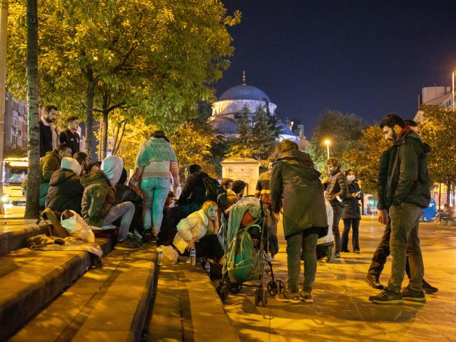 Rassemblement étudiant devant le parc de la mosquée Sisli, à Istanbul, le 24 septembre 2021.
