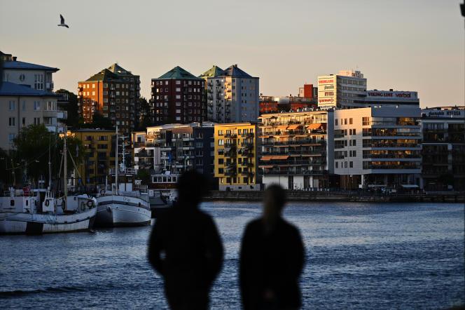 Des immeubles résidentiels du quartier d'Hammarby Sjöstad, à Stockholm, en Suède, le 1er juin 2021.