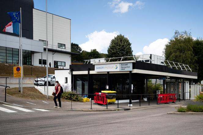 Le centre Sanofi de Val-de-Reuil (Eure), le 10 juillet 2020.