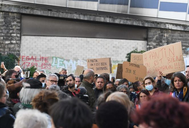 Rally against the wall erected between Paris and Pantin, in Pantin, September 29.