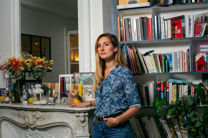 Marie Portolano, chez elle à Paris, le 27 juillet 2021.