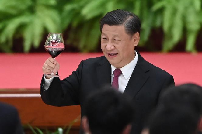 Le président chinois, Xi Jinping, lors d'une réception au Grand Palais du peuple, à la veille de la fête nationale chinoise, à Pékin, le 30 septembre 2021.