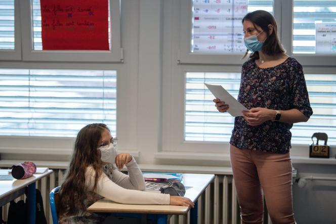 Des élèves d'une école primaire de Bischwiller (Bas-Rhin), en novembre 2020.