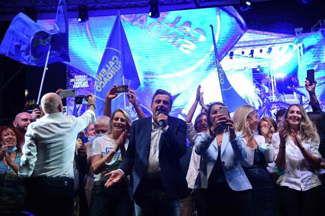 Durante una riunione elettorale del 1 ottobre 2021, Carlo Calenda, il candidato del centrosinistra alle elezioni comunali di Roma.