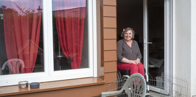 Stéphanie Simon, une vie en fauteuil et le sentiment d'une injustice de l'Etat