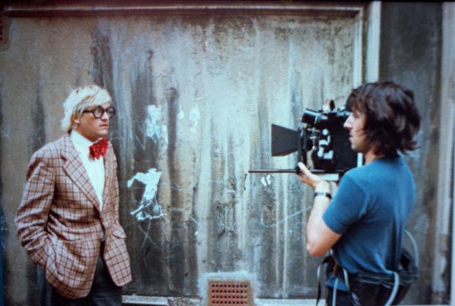 Le peintre David Hockney filmé par Jack Hazan pour«A Bigger Splash», sorti en 1973.