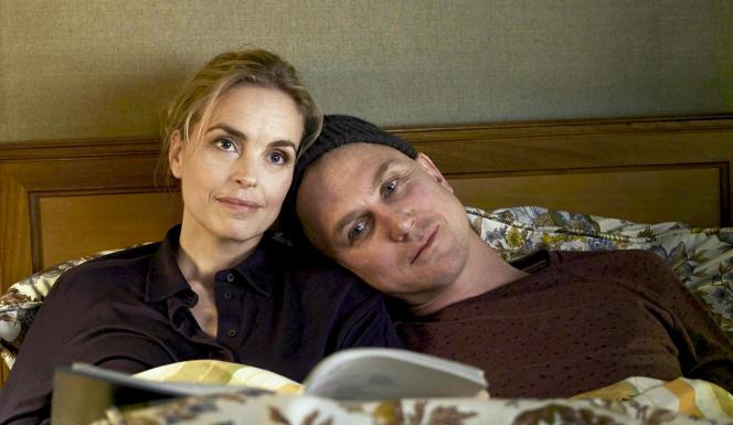 Lisa (Nina Hoss) est dramatuge et son frère Sven (Lars Eidinger) acteur.